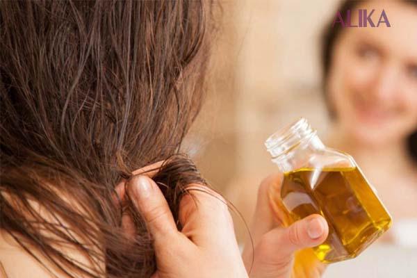 Duy trì độ ẩm cho tóc bằng tinh chất phù hợp